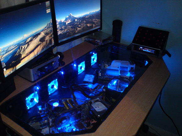 The LCD monitors are arranged on the desk in such a way that the player can  see all of it in one angle.
